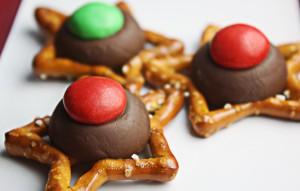 Easy Christmas Cookie Pretzel