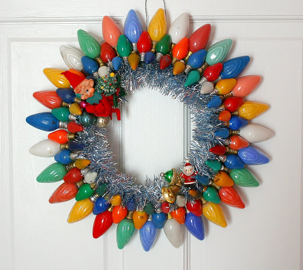 Old Light Bulb Christmas Wreath